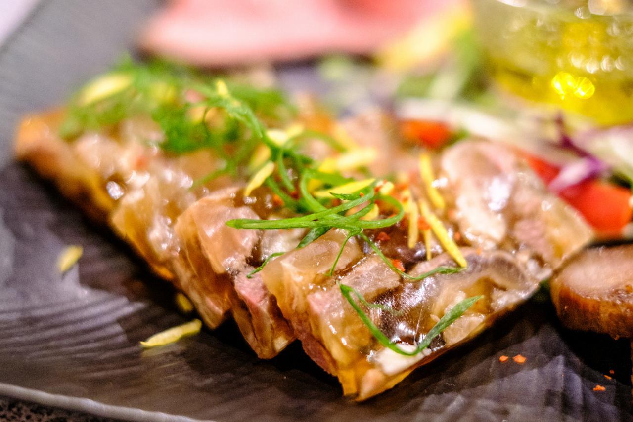 画像: プルプルの煮こごりも津山名物。