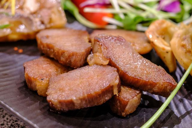 画像: 津山の名物は「干し肉」。
