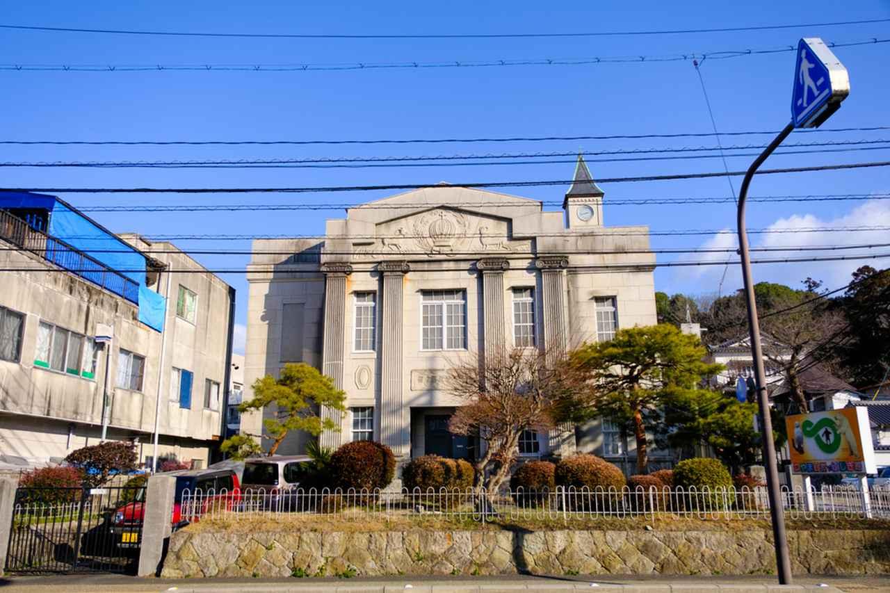 画像: 森本慶三記念館は、津山城のふもとにある洋館です。