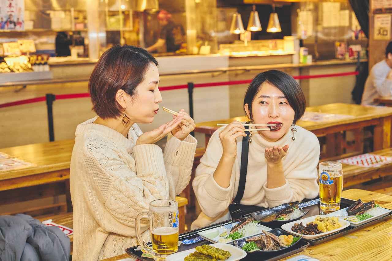 画像6: 高知の夜のマストスポット! 活気溢れる屋台村「ひろめ市場」で名物料理を