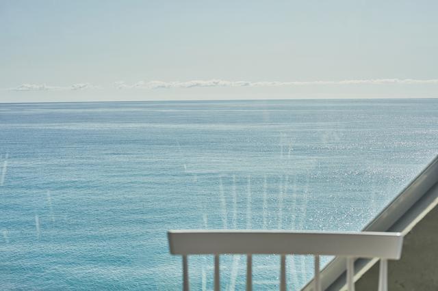 画像2: まるで海に浮かぶ小部屋! 絶景カフェ「SEA HOUSE」で絶品パスタ