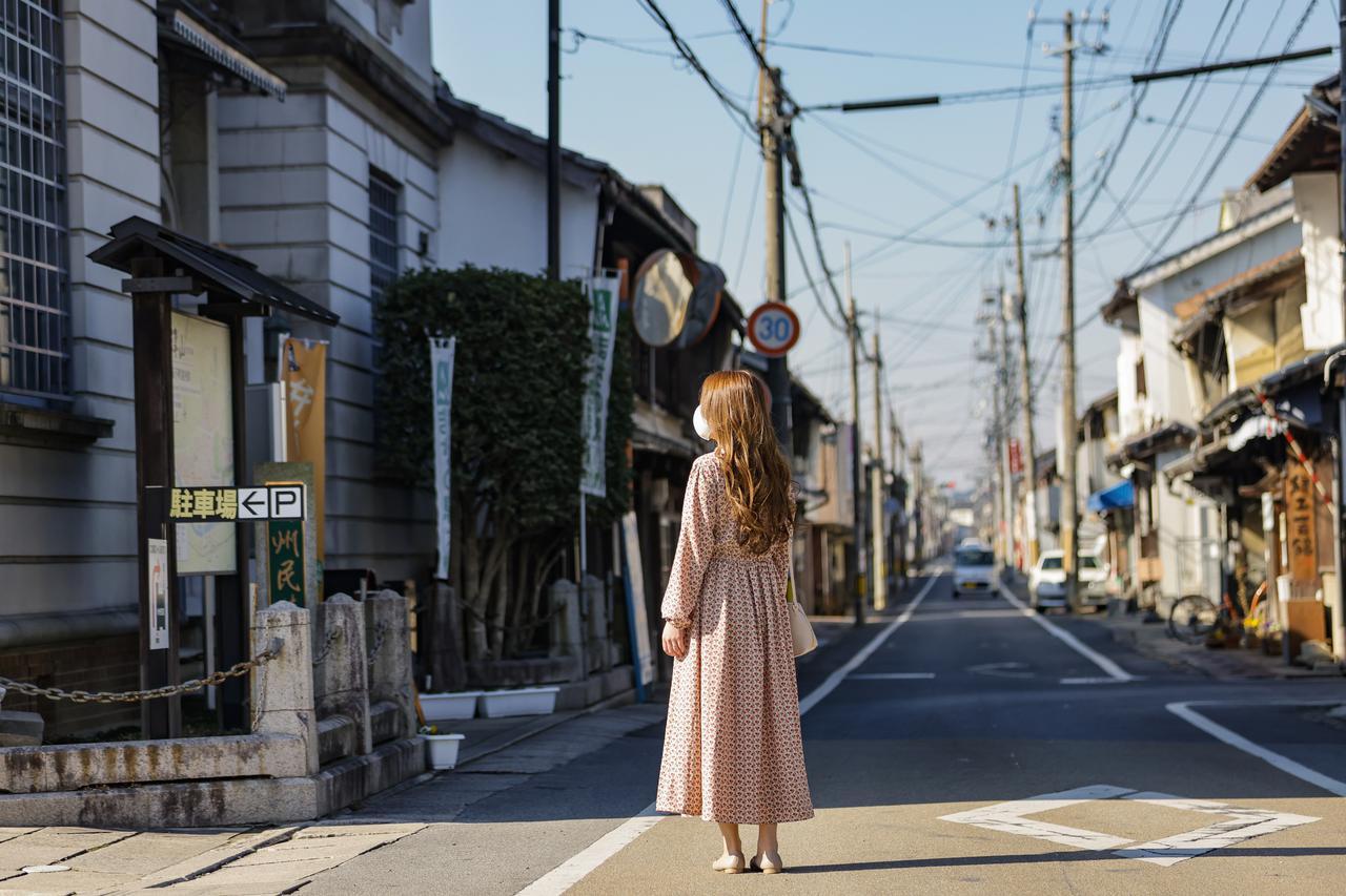 画像: 大正・昭和の建物が連なるレトロな「城西の町並み」を散策