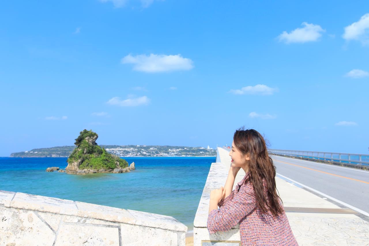 画像1: 美しいビーチが広がる「古宇利島」で、沖縄の自然に癒される