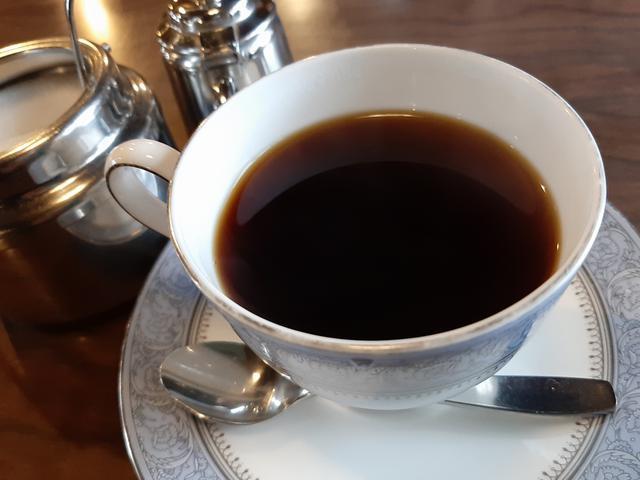 画像: 独自の焙煎とブレンドのコーヒーで、癒しのひとときを