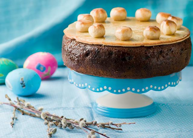 画像: 母の日の伝統菓子でもある「シムネルケーキ」