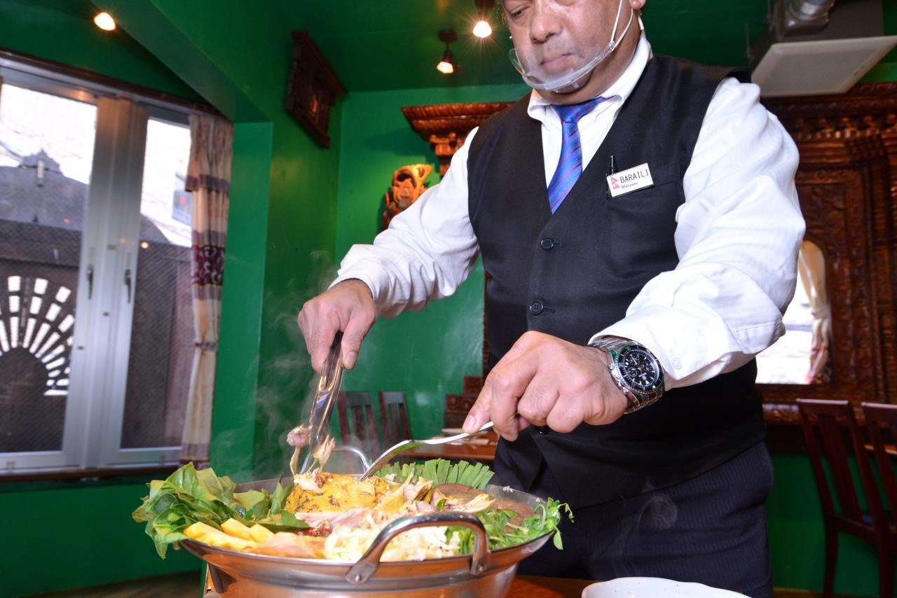 画像9: 【恵比寿】国内ネパール料理店の草分け「クンビラ」