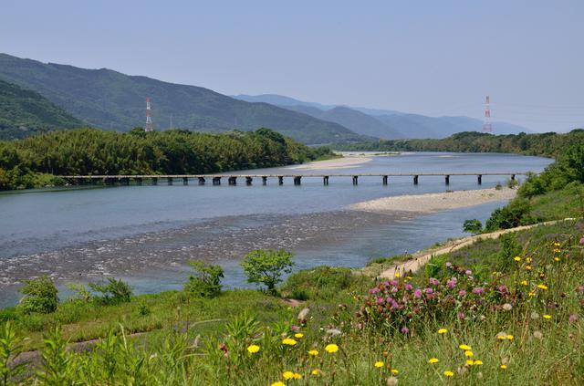 画像1: 旅が暮らしに変わる。注目の「2地域居住」体験ツアー 徳島県・美馬編