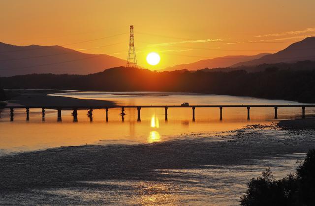 画像1: 雄大な吉野川を五感で楽しむ、リバーカヤック