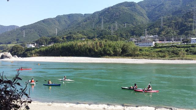 画像2: 雄大な吉野川を五感で楽しむ、リバーカヤック