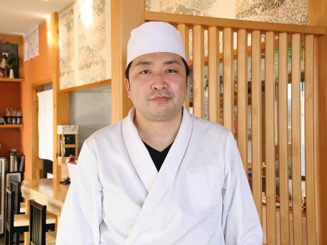 画像: 大阪と東京の一流割烹で修業を積んだ、ご主人の菅原良成さん