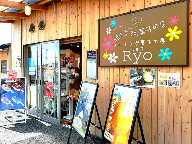 画像: 南三陸さんさん商店街の一画。他にもさまざまな飲食店などがあり、楽しい
