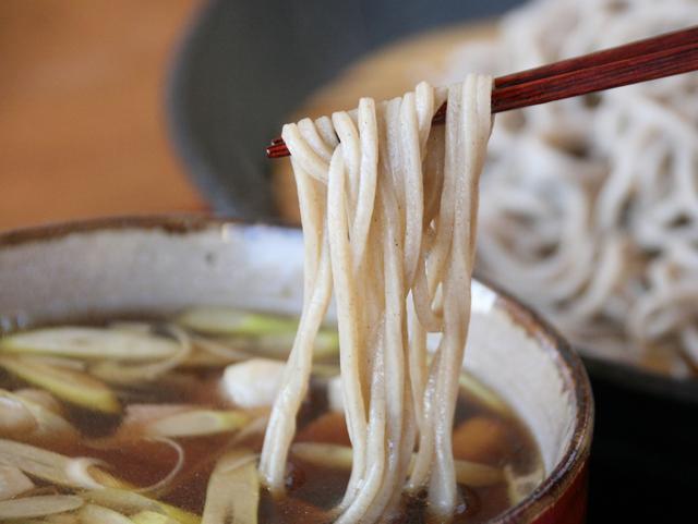 画像: するりとのど越しの良い蕎麦は、約160gもあり、大満足