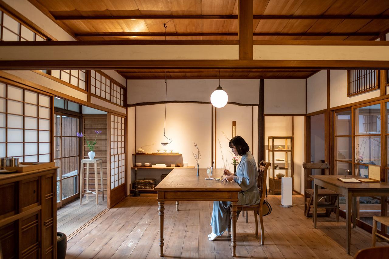 画像4: 静寂に包まれる、時代の新旧が交差した古民家カフェ