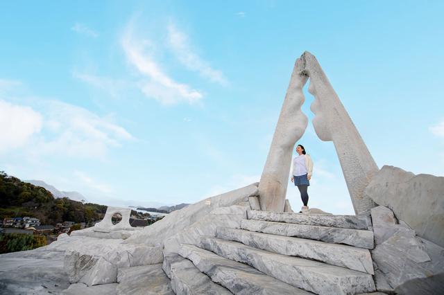 画像4: 神秘的な白亜の世界が広がる、話題の大理石庭園へ