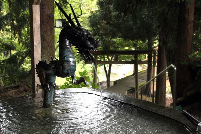 画像2: 【絶景①】「七滝」の壮大さに驚き、水しぶきに涼む(小坂町)