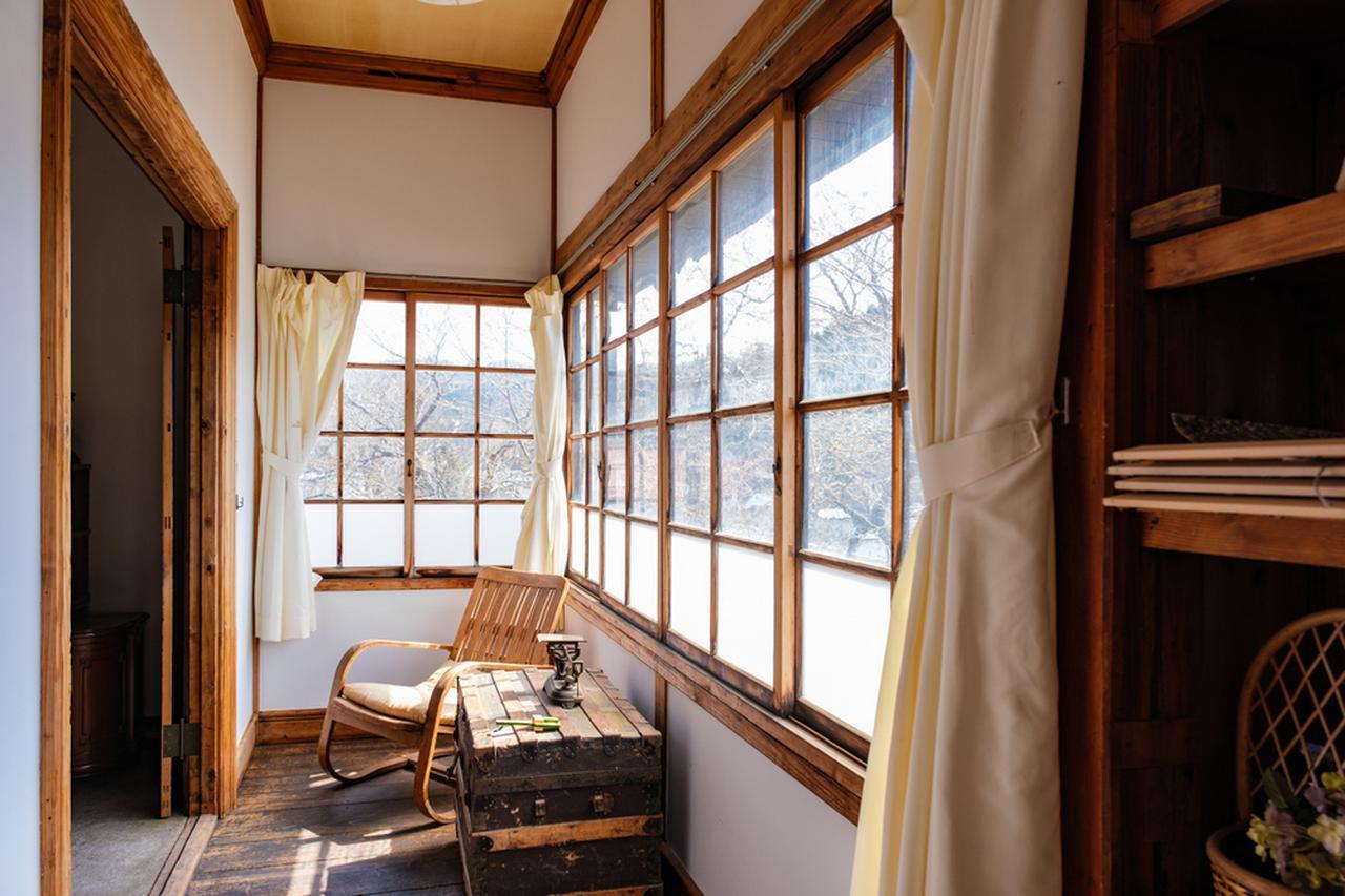 画像: 秋田の近代教育、宗教の伝道の場所として使われた建物です。