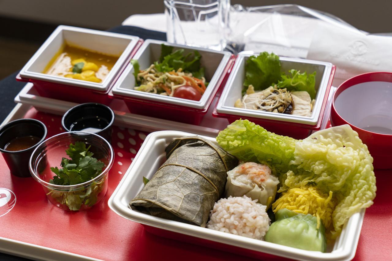 画像2: 機内食は高級中華。台湾の味覚を詰め込んだ、ヤムチャ仕立て