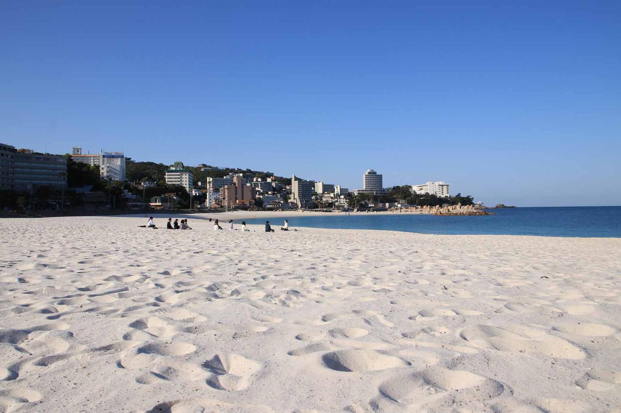 画像: リゾートなのに都心からのアクセス抜群な街、南紀白浜