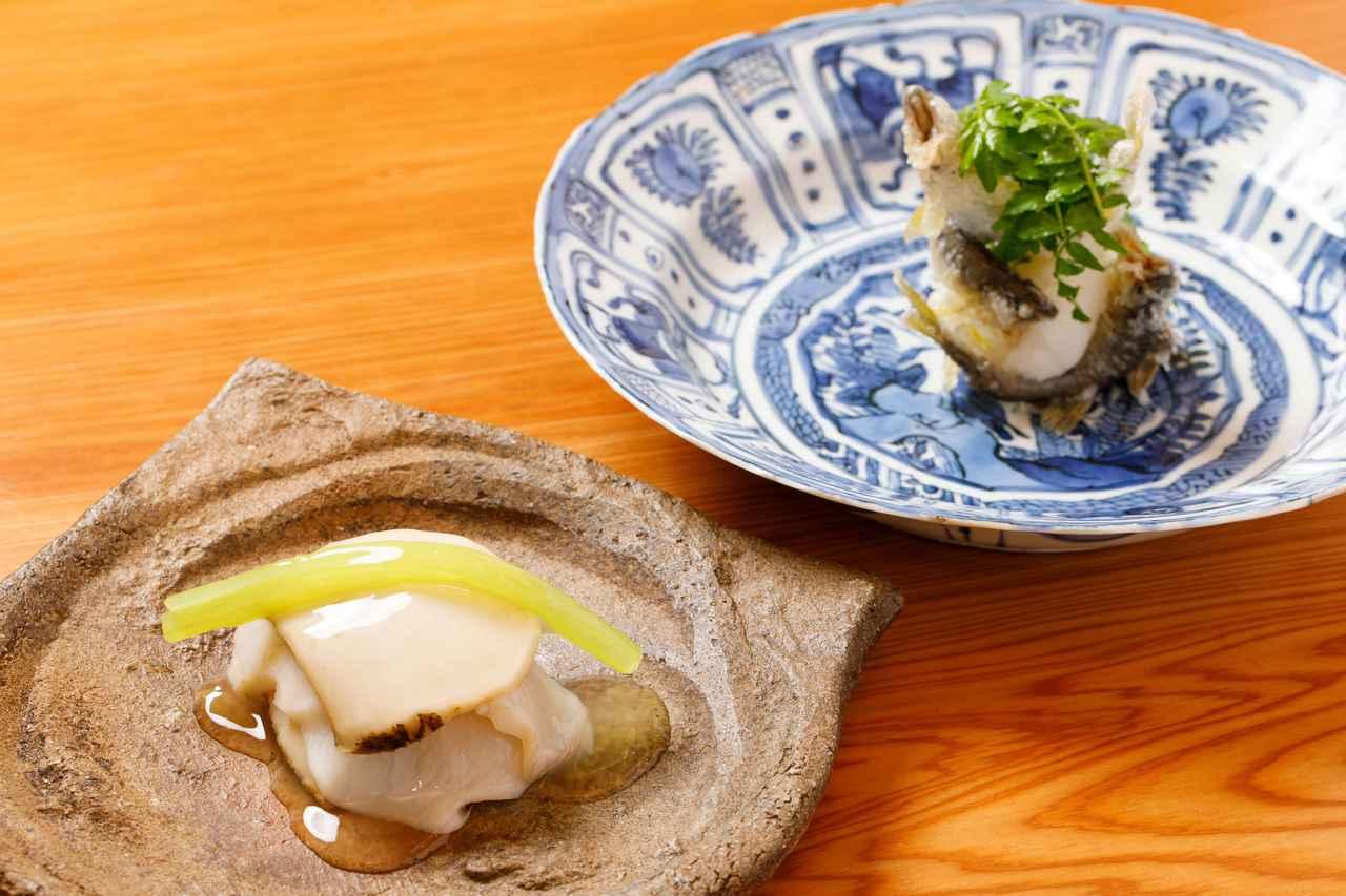 画像1: 機内食のあの店を訪ねて。銀座の気鋭和食料理人による、アワビと稚鮎