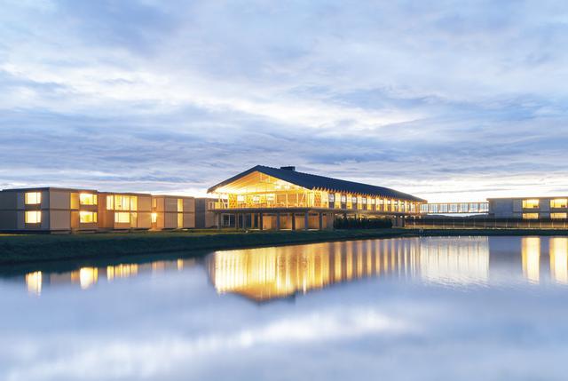 画像1: ウユニ塩湖のような絶景の「SUIDEN TERRASSE」にサウナが新設