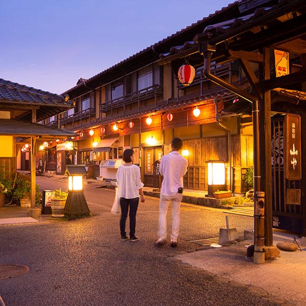 画像1: 迫力満点のエンターテインメント!?―広島 安芸高田市で神楽の魅力に触れる旅