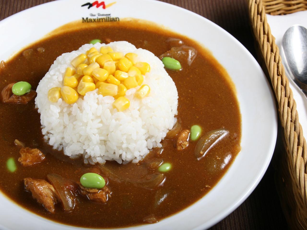 画像: 中札内鶏と枝豆のカレー。現在は宿の夕食での提供があることも