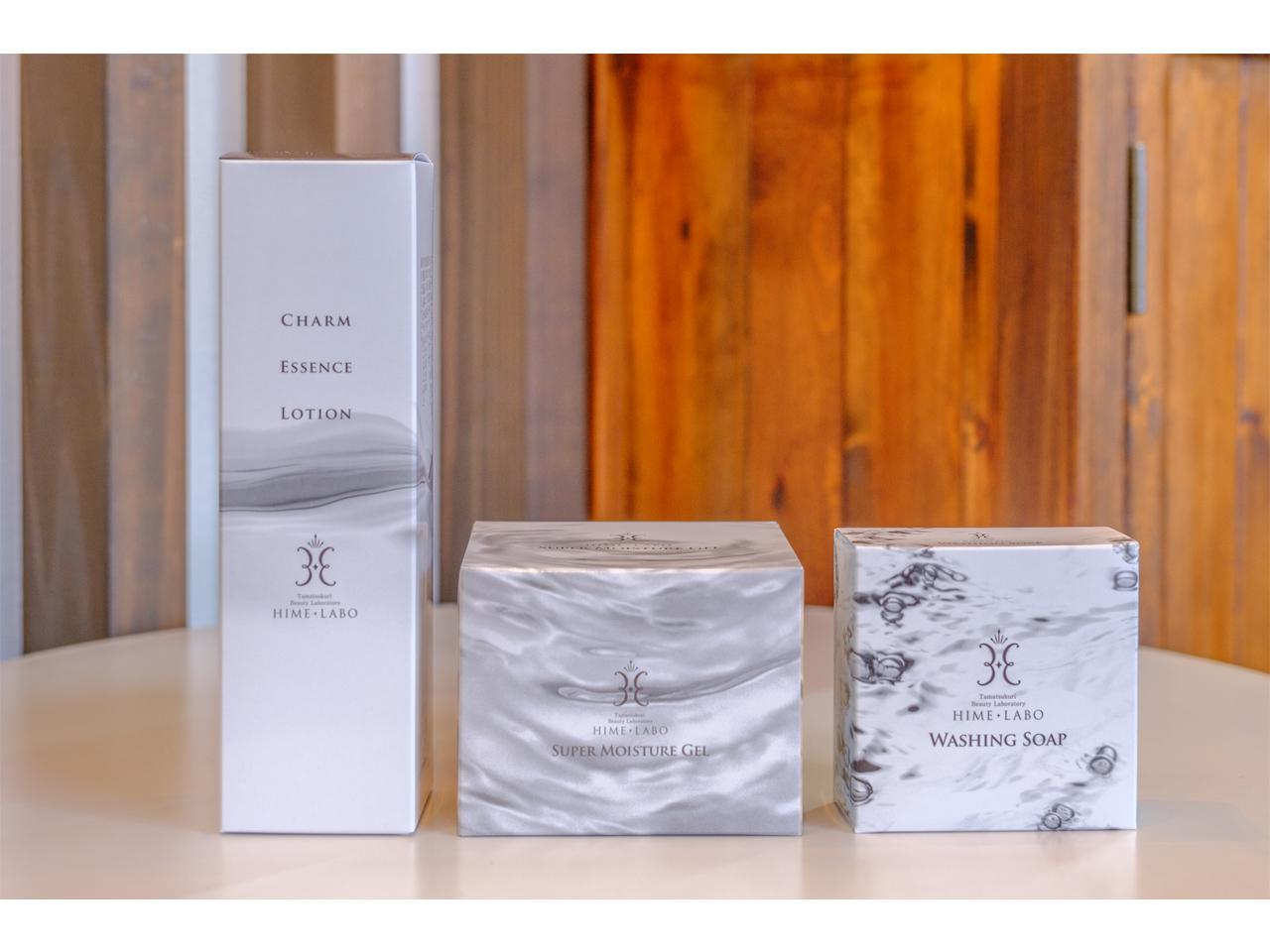 画像: 人気の商品は、「姫ラボ石鹸」「オールインワンゲル」「エッセンスローション」。