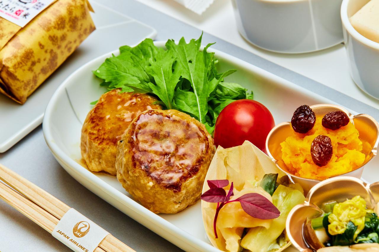 画像: 全国各地の四季折々を機内食で。旅路に思いを馳せてはいかがですか?