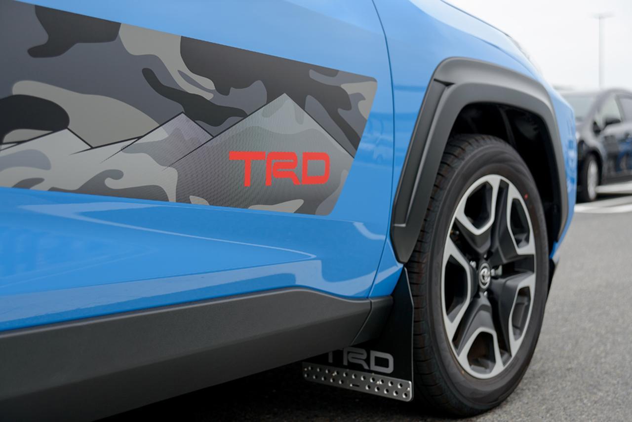 画像4: 記念すべき第一回の放送はトヨタの新型SUV「RAV4(ラブフォー)」の試乗インプレッション