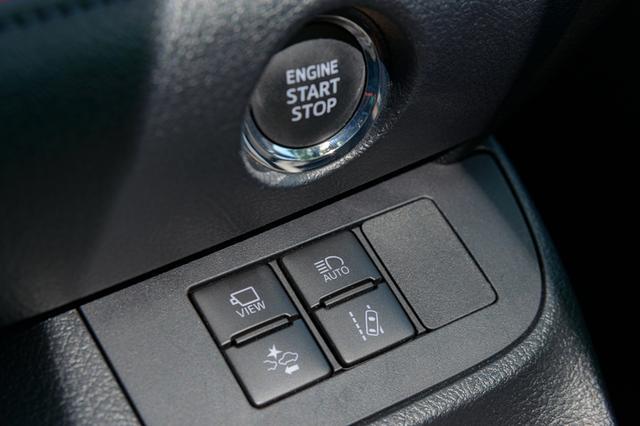 画像2: 安全支援システム(トヨタセーフティセンス)がしっかり装備されているので安心して運転ができる。