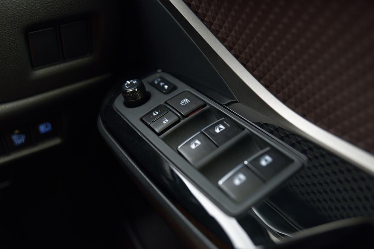 """画像10: 「C-HR ハイブリッドG 特別仕様車 """"Mode-Nero"""" (モデリスタ) 」TESTDRIVEインプレッション"""