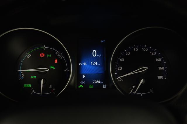"""画像8: 「C-HR ハイブリッドG 特別仕様車 """"Mode-Nero"""" (モデリスタ) 」TESTDRIVEインプレッション"""
