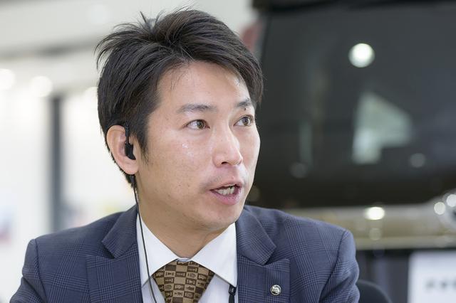 画像3: RADIO TEST DRIVE/今井優杏さんによるトヨタ認定中古車「ヴェルファイア」試乗インプレッション