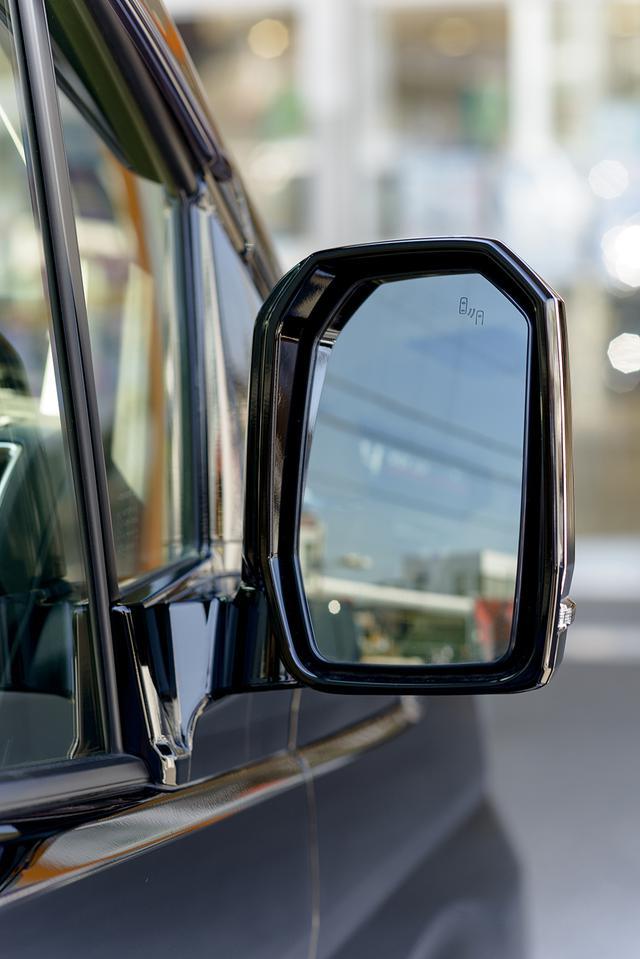 画像8: フルサイズ高級ワゴン「グランエース」インプレッション