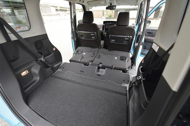 画像: 後部座席を倒すとこんなに広大なスペースが!まさに「動ける部屋」ですね。