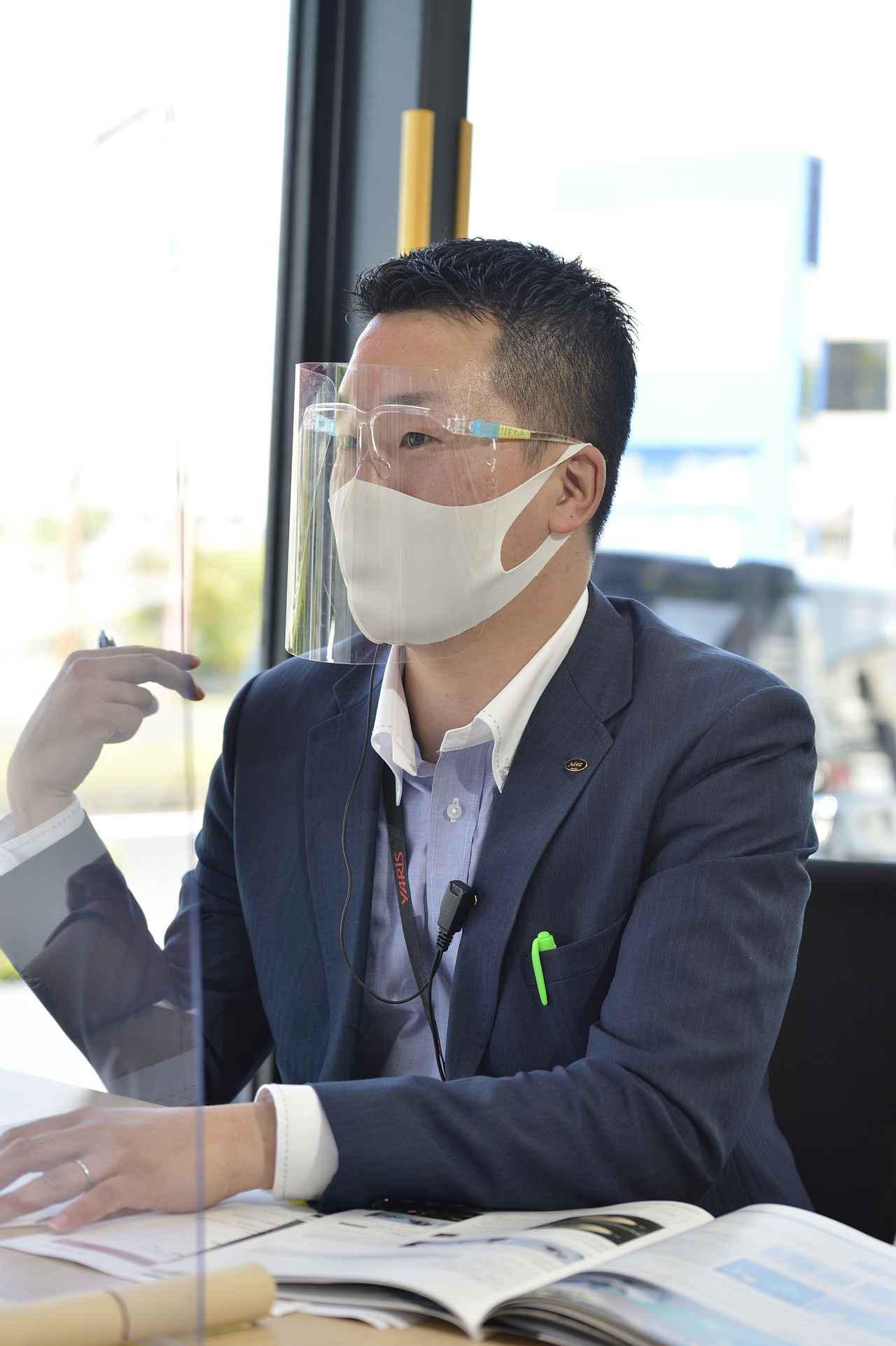 画像: 今までのトヨタ車にはない見た目になっているのがヤリスクロスですと上田さん。