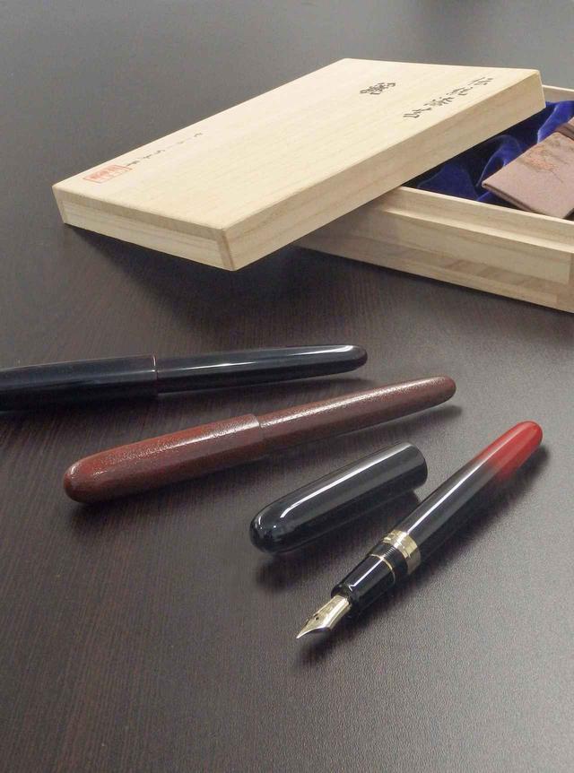 画像1: 伝統を手元に、一生モノの万年筆を。