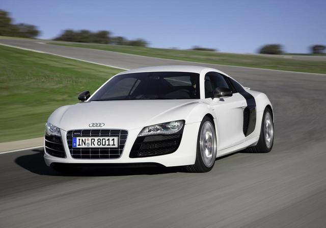 画像: 第1世代(2008/2009年):Audi R8 5.2 FSI quattro