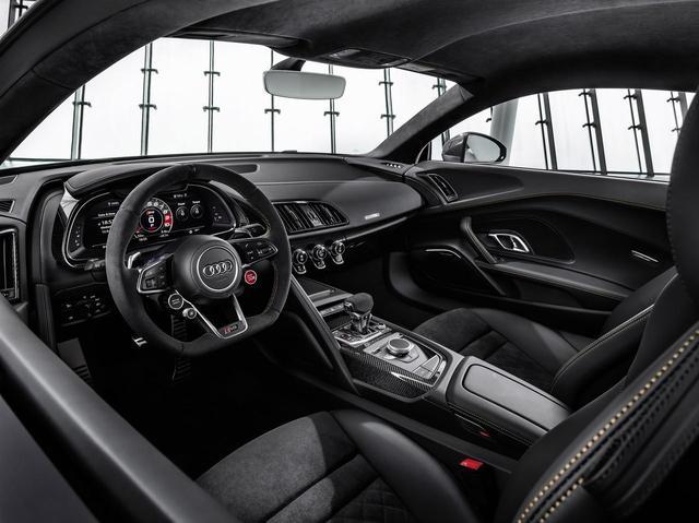 画像: Audi R8 Decennium インテリア