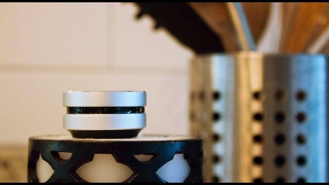 画像: ミニサイズの高機能スピーカー「Humbird Speaker」【クラウドファンディング | Kibidango(きびだんご)】 youtu.be