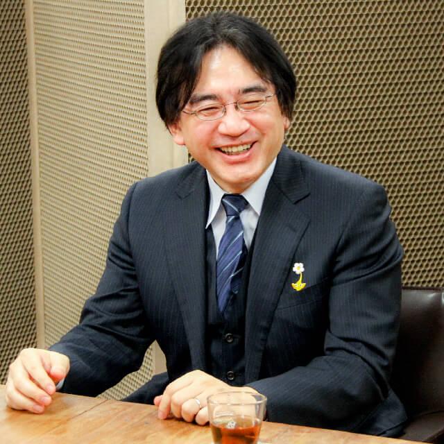 画像: 岩田 聡(いわた・さとる) 1959年12月6日生まれ。2015年7月11日に惜しくもこの世を去るが、現在でも起業家やクリエイター、そして世界中のゲームファンに愛され続けている。 www.nintendo.co.jp