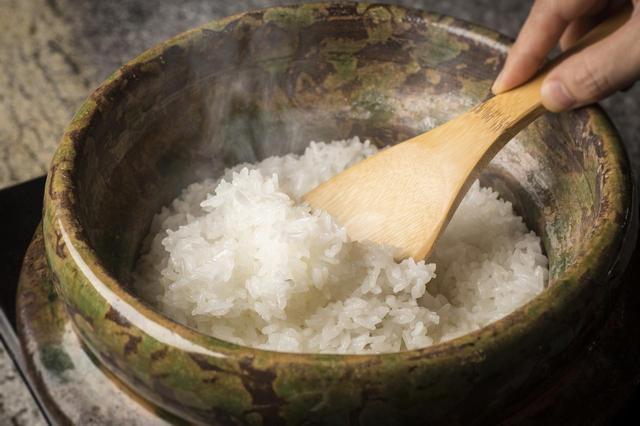 画像: お米: 旬房が厳選。料理長自ら田植え・稲刈りをするこだわりのオリジナル米