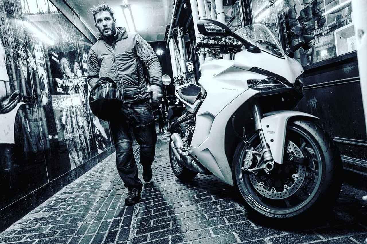 画像1: Instagram post by Tom Hardy 窶「 Feb 22, 2018 at 3:34pm UTC www.instagram.com
