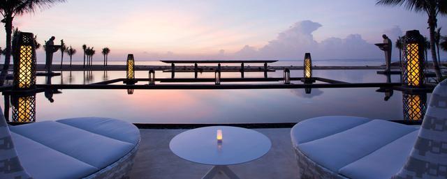 画像: Holly Jolly Christmas Getaway   Bali Resort Deals   Mulia Bali
