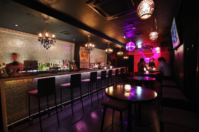 画像1: 海外のラウンジを思わせる Soul Bar&Lounge The Beach(ソウルバー&ラウンジ ザ ビーチ)