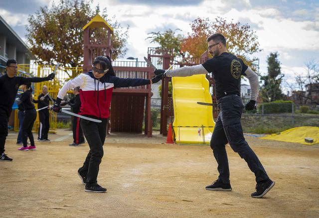 画像2: カリで使う武器