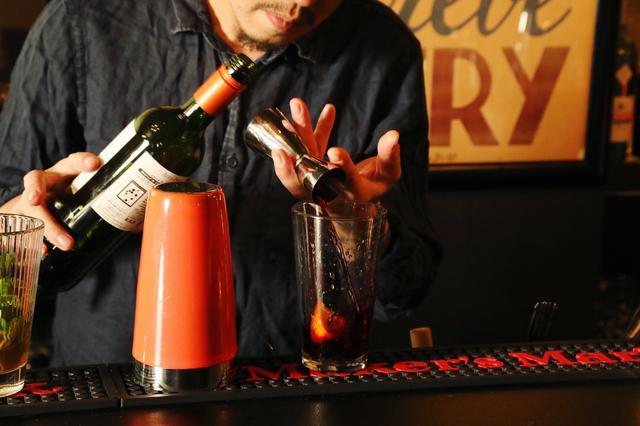 画像9: 音楽とお酒を語らう、異国のソウルBARへ