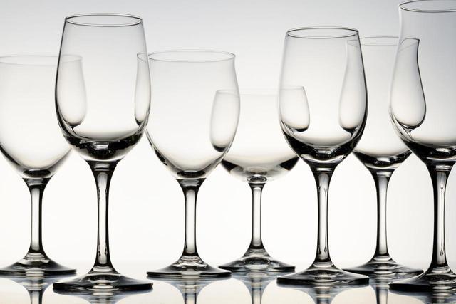画像: ワイングラスは香気を引き出しやすい
