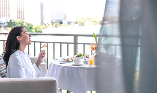 画像2: 「The Tsubaki Tower」グアム最大級のバルコニーで朝食を