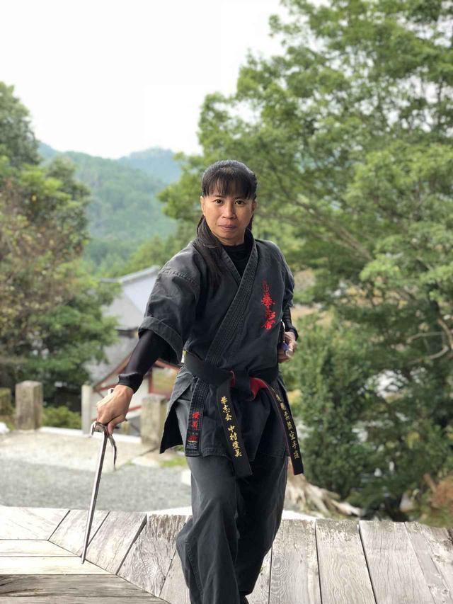 画像: 中村愛美師範。フィリピン武術カリから空手道までに精通する凄腕です!